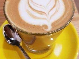 8 Ounce Cafe