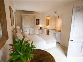 Kingsbrook Accommodation