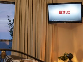 Bed and Breakfast accommodation Netflix TV Burnie