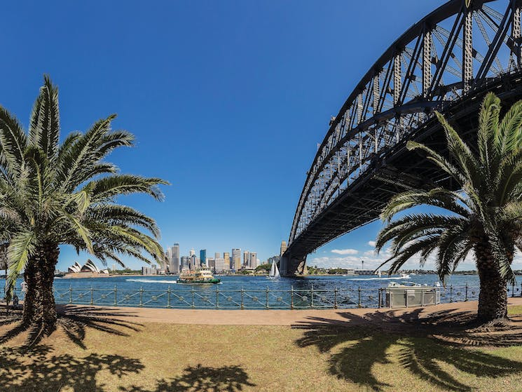 Sydney Harbour Bridge - Milsons Point