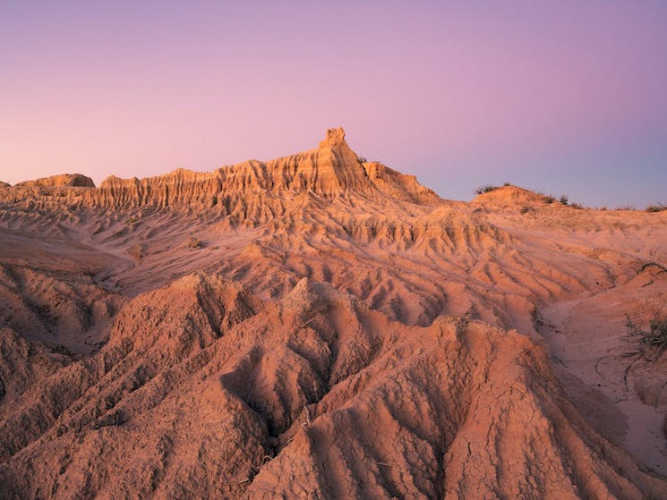 A scenic sand formation (lunette) in the UNESCO World-Heritage-Listed Mungo National Park