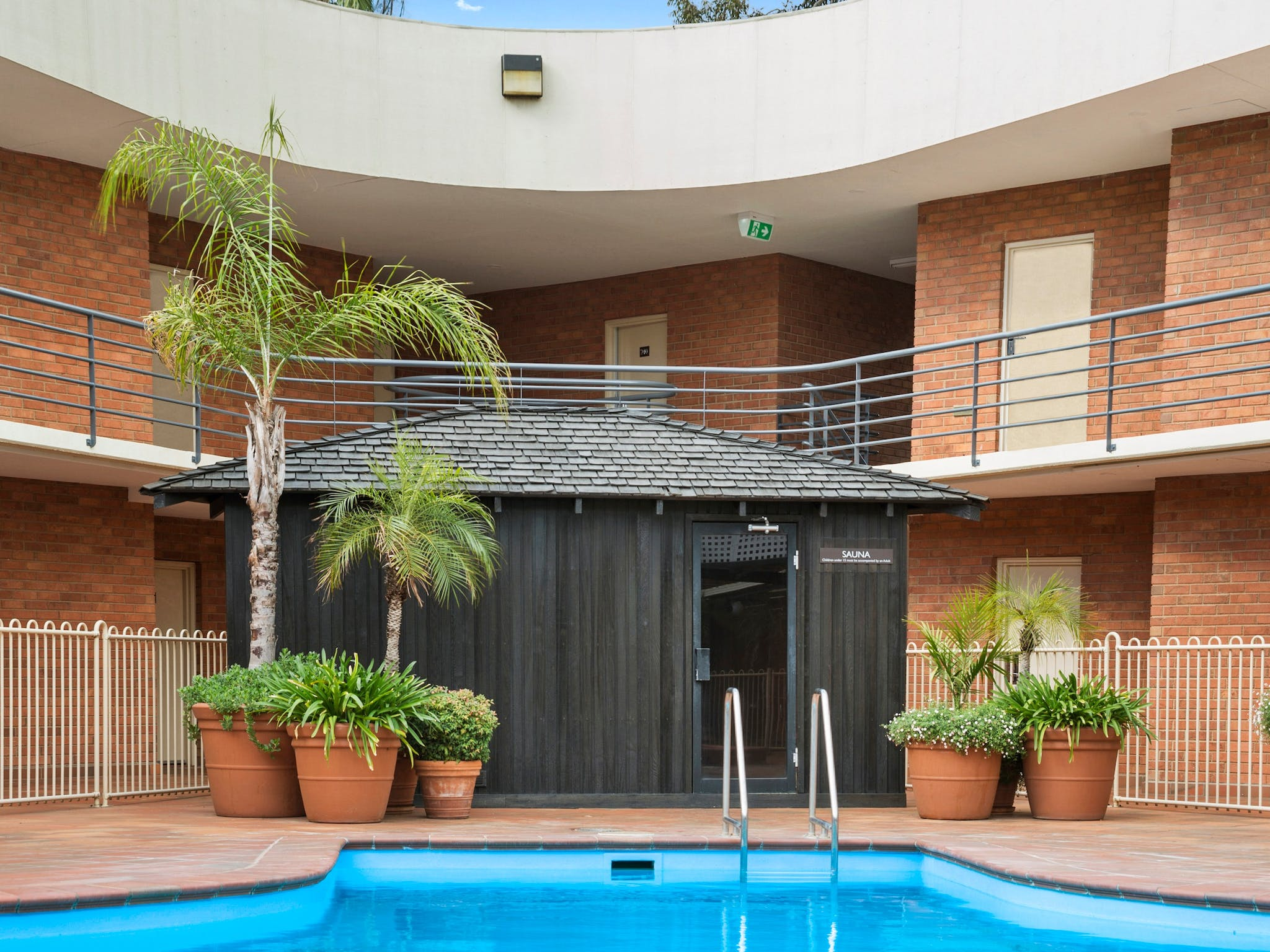 The Gateway's heated pool, spa, sauna and gym is complemented by walking tracks & bike hire options