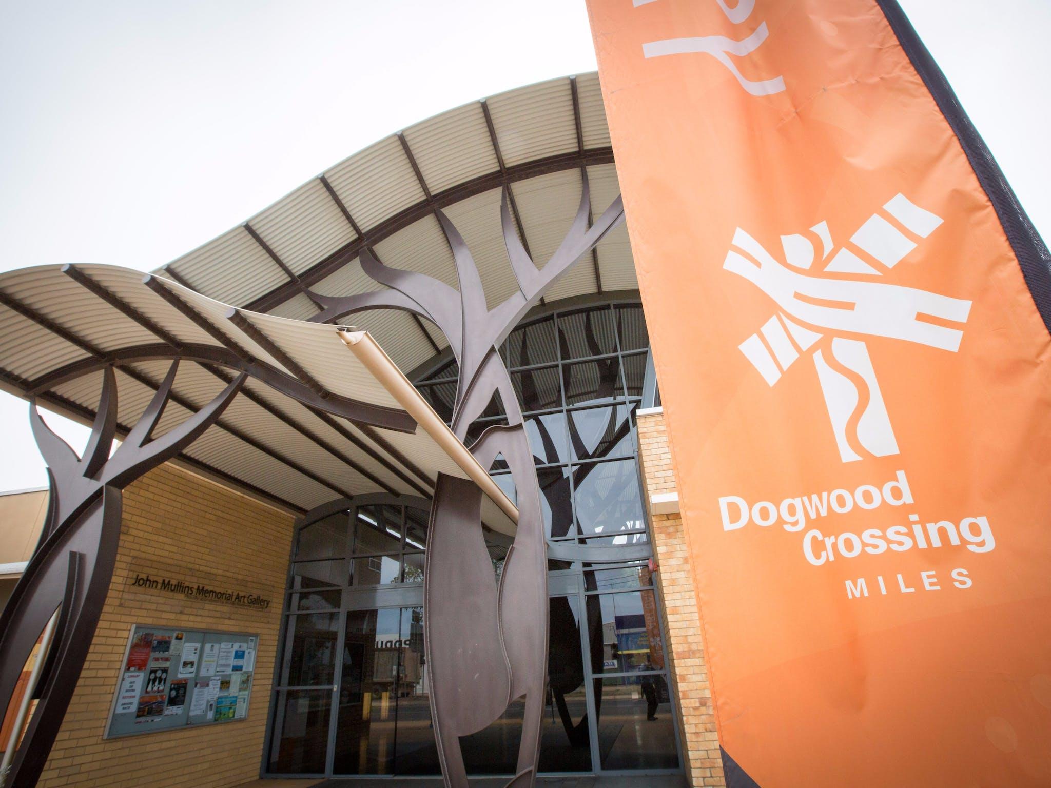 Dogwood Crossing, Miles