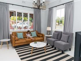 Clarinda House - Kirsten Serviced Accommodation