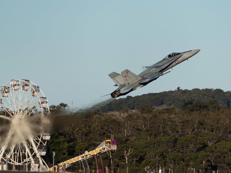 Wings Over Illawarra - FREE carnival rides