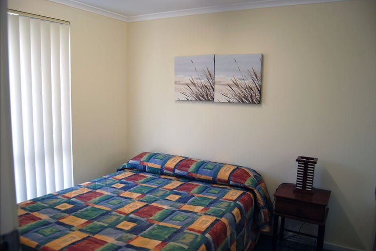 TWO BEDROOM APARTMENT 04