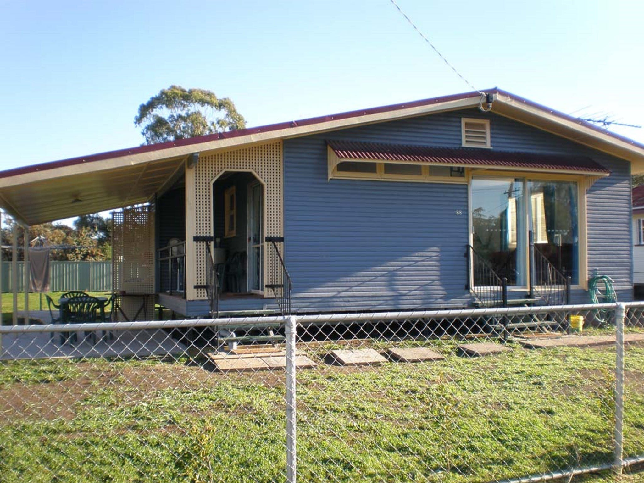 3 Bedroom, self contained, fully furnished house