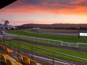 Gosford City Council New Years Eve Race Day