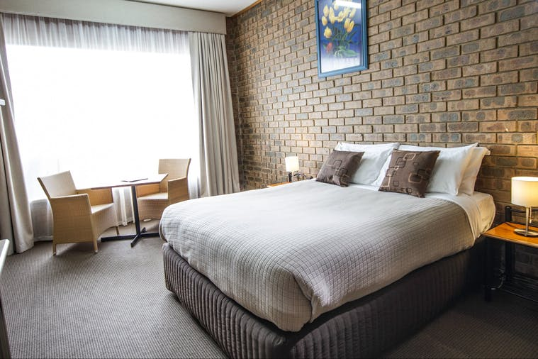 RIVER VIEW ROOM