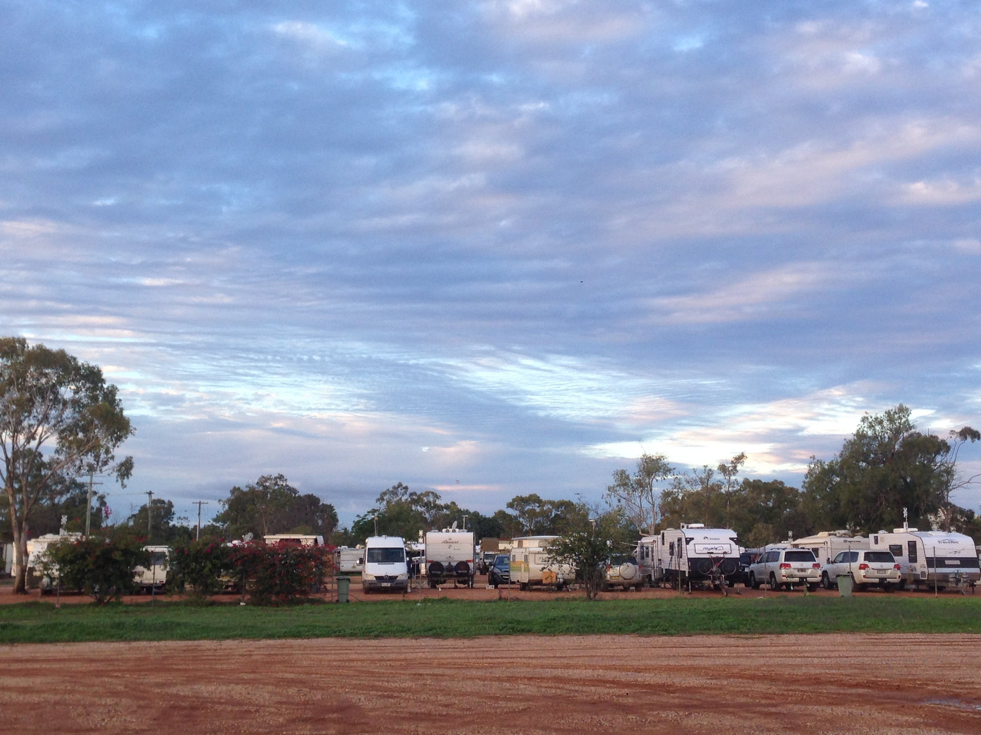 lightning ridge chat sites Lightning ridge for all rv travel i would book as by 200pm the line to get in was about 12 vans and all sites were full ↳ free camping chat.