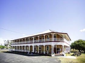 Warra Hotel