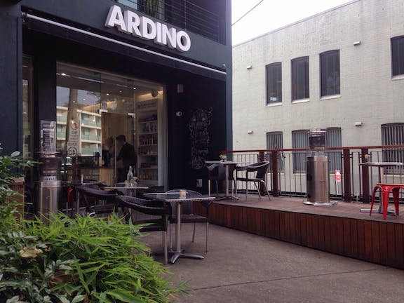Ardino Salon & Cafe
