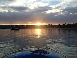 go for an early morning fishing trip- Self drive boat hire Mornington Peninsula Melbourne
