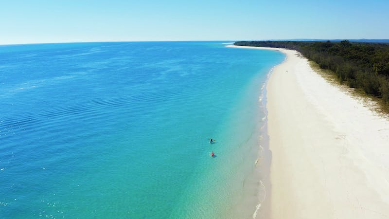 Whalesong Cruises – Fraser Island Beach and Barbecue Cruise