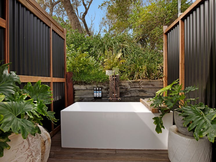 The Cove Jervis Bay - Outdoor Luxe Bath