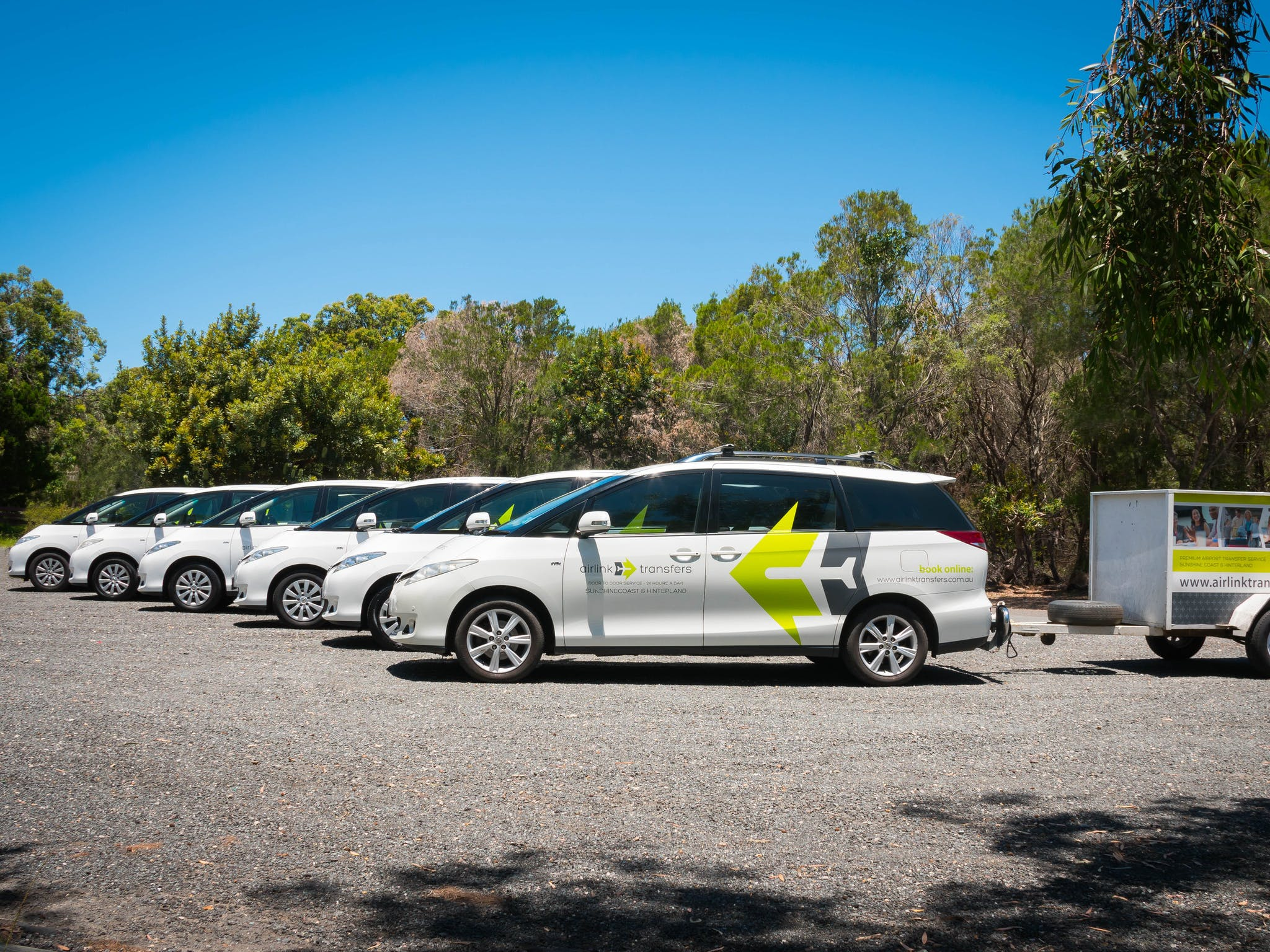 door force transport to march at ridesharing service air provides display f news article