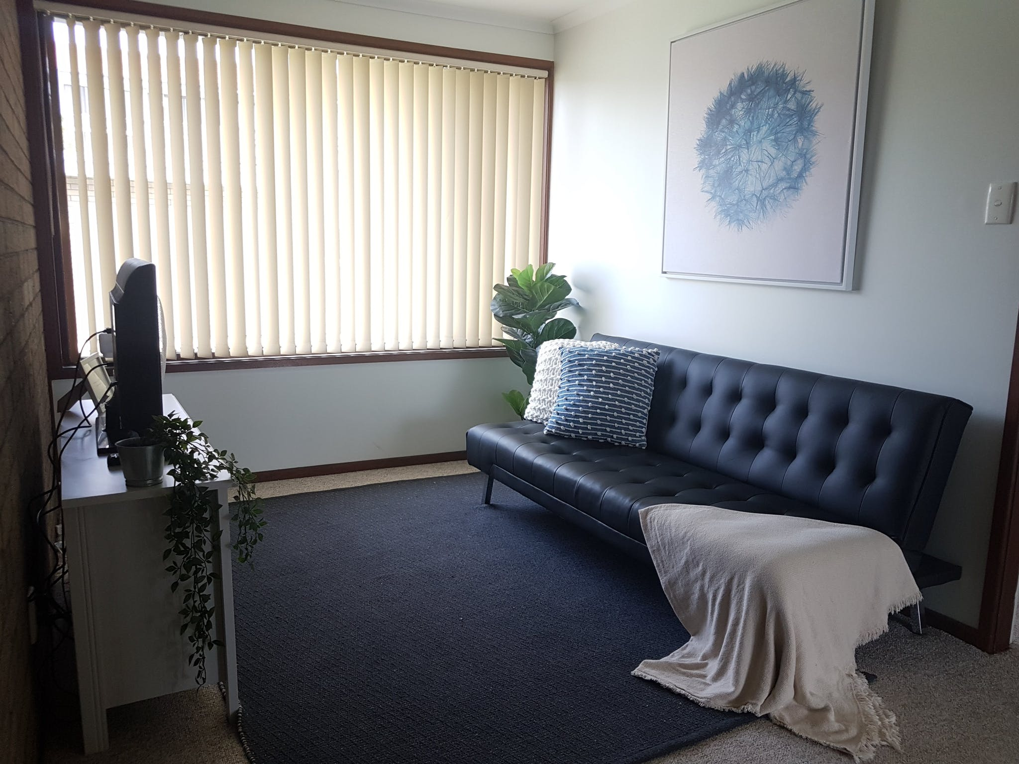 Upstairs Lounge Room with Single Futon, TV & DVD Player