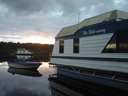 Houseboat Holidays