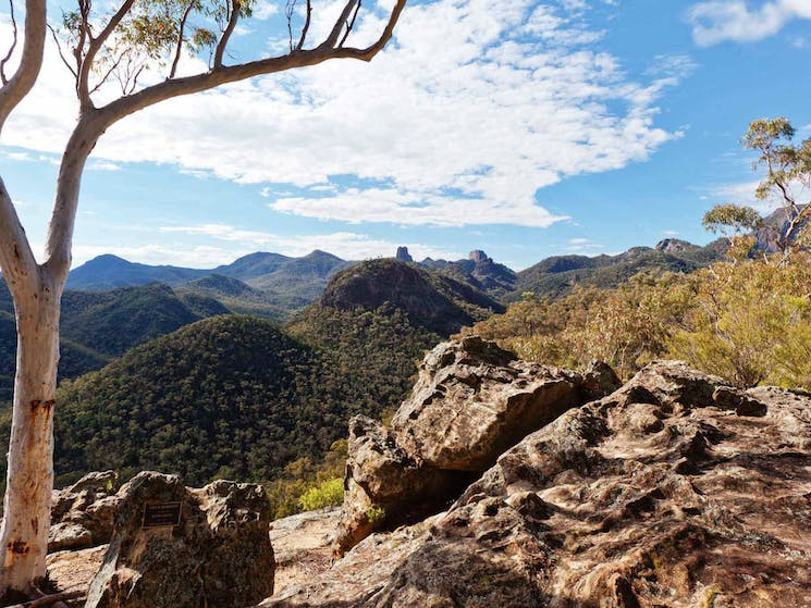 Frans Horizon lookout, Warrumbungle National Park. Photo: Rob Cleary