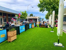 Outdoor Parklet Solutions - Pallets with Purpose