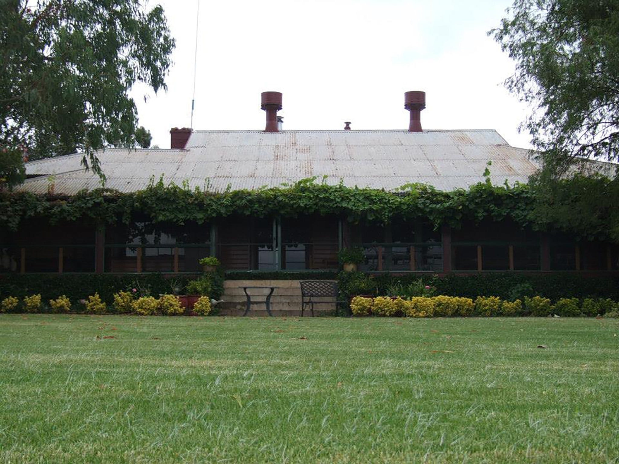 Middlebrook Station Farmstay B and B