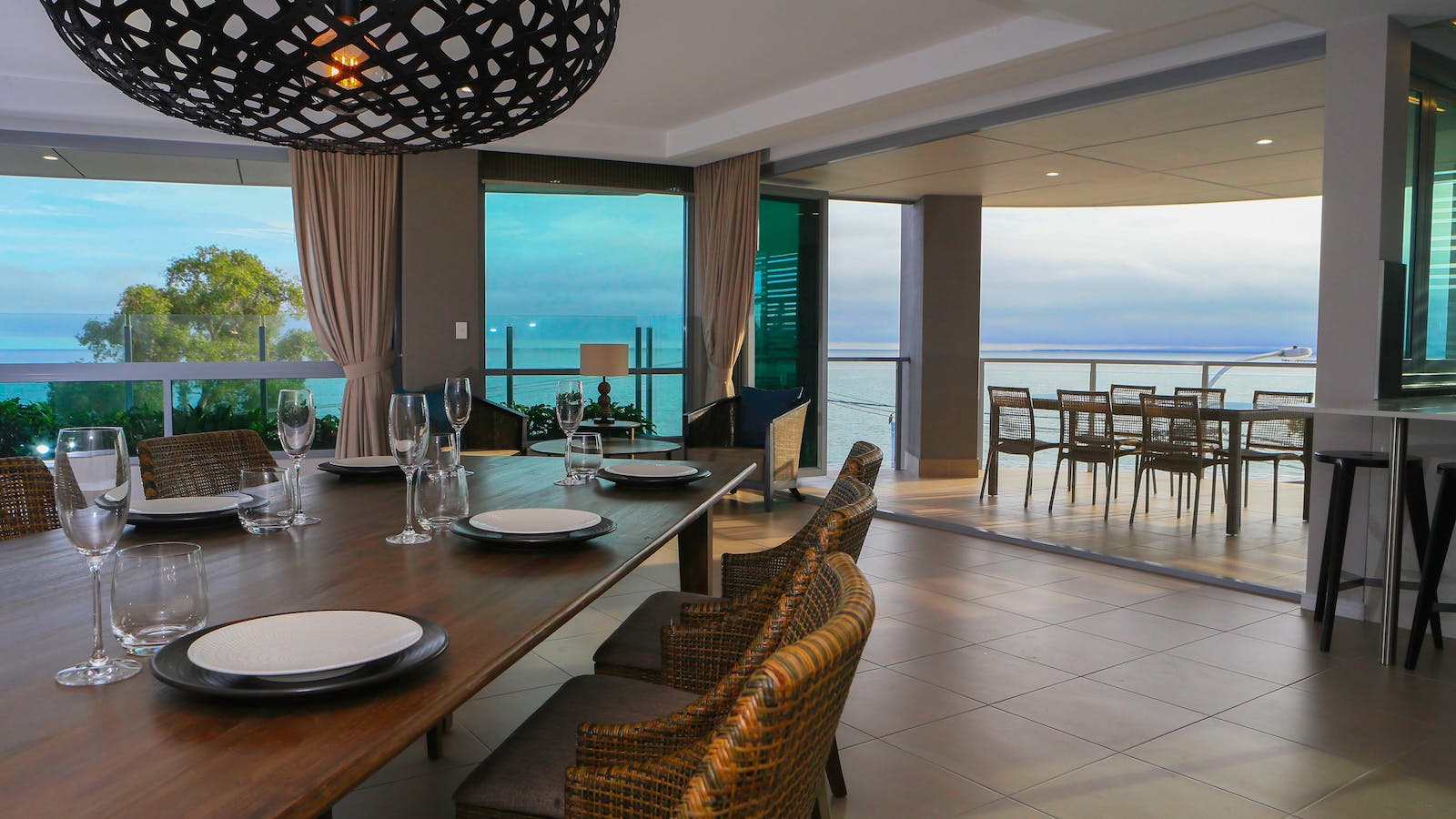 Aqua Aqua Luxury Penthouse dining room