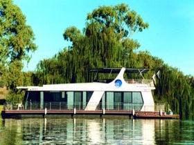 Moon Shadow Houseboat