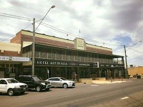 Hotel Australia Miles