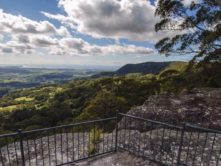 Illawarra lookout walk, Barren Grounds Nature Reserve. Photo: John Spencer/NSW Government