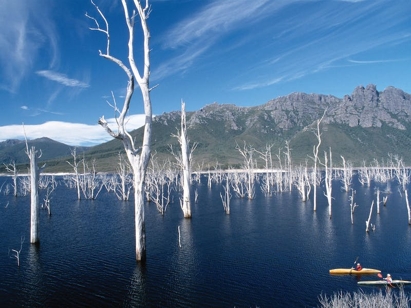 Lake Gordon - Lake Pedder - Strathgordon