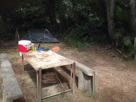 15 km Campground and picnic table