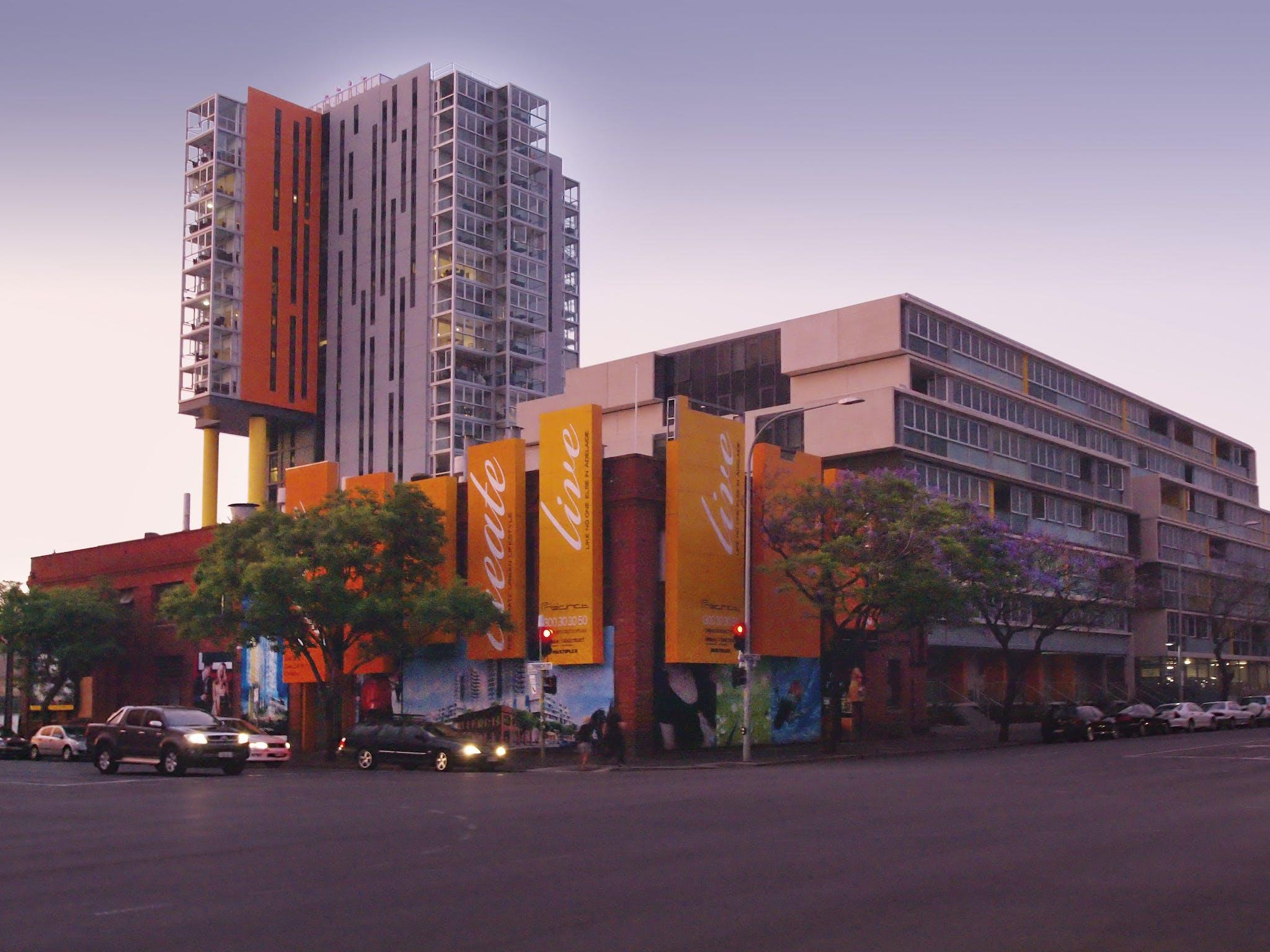 iStay Precinct Adelaide Slider Image 1