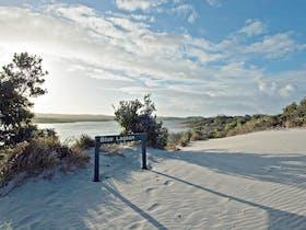 Australia See Moreton Island Tours