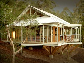Bombah Point Eco Cottages - Myall Lakes