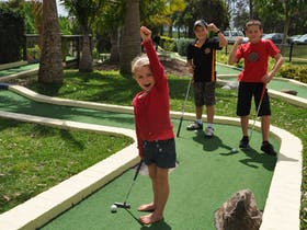 Hunter Valley Aqua Golf and Putt Putt