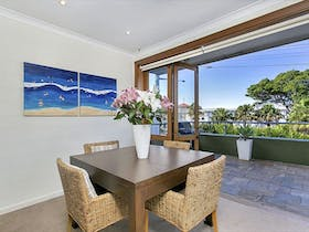Large Two Bedroom Apartment on Balmoral Beach