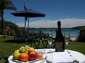 Bundeena Beach Bed and Breakfast