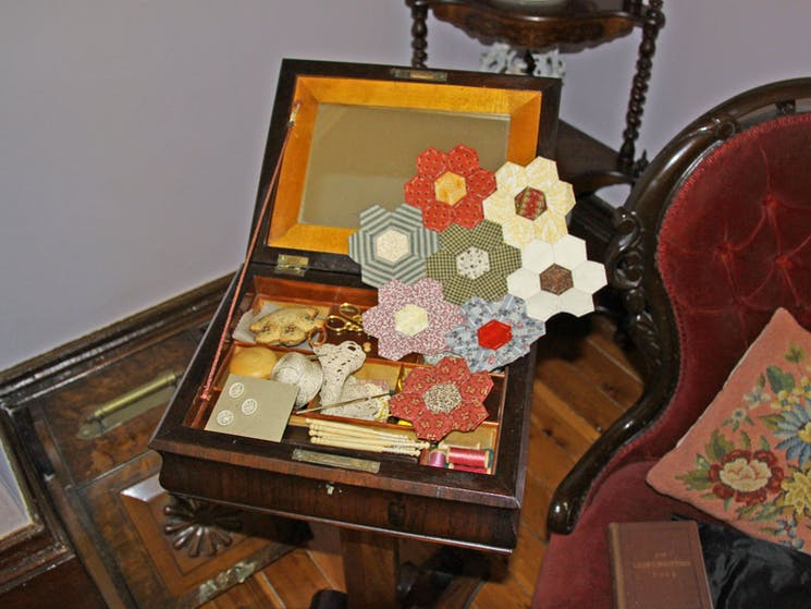 Sewing box with samples