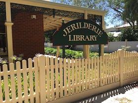 Jerilderie Library