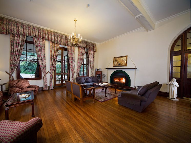 Guest lounge in Caves House