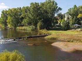 Dalgety Historic Town and River Walk