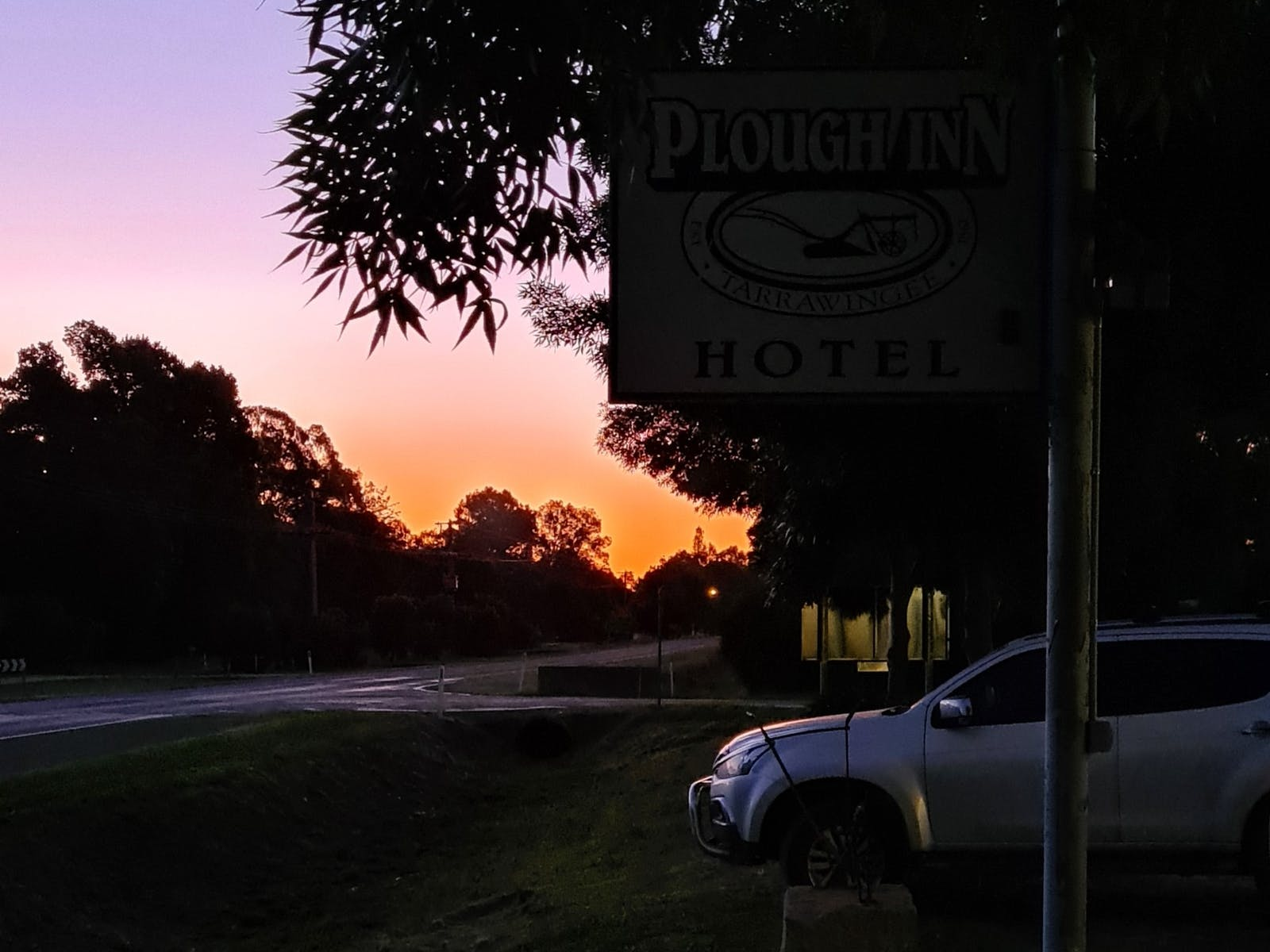 Dusk looking from the front of the pub towards Wangaratta