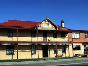 Flinders Island Interstate Hotel