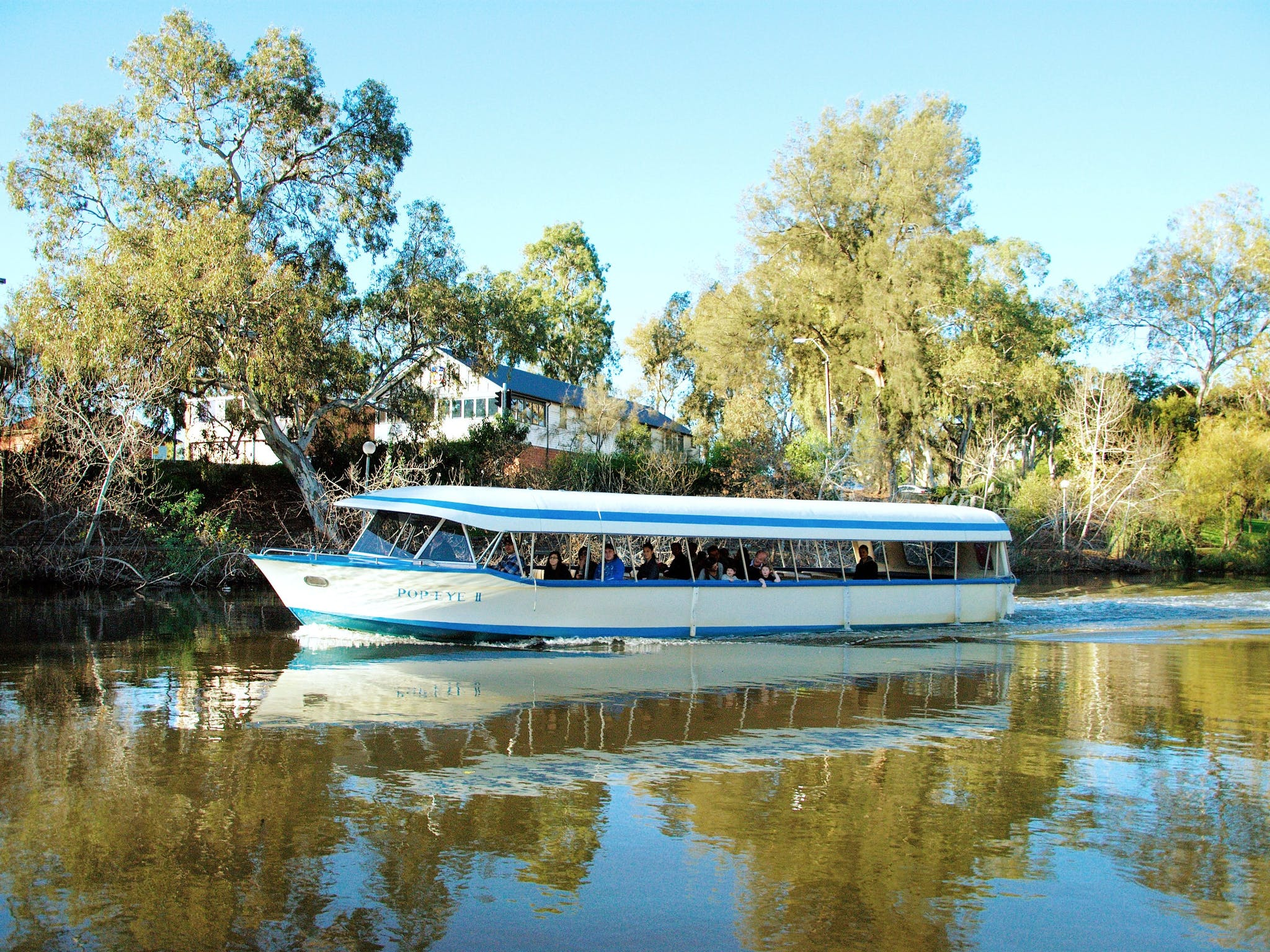Torrens River Sightseeing Cruise on The Popeye Slider Image 4