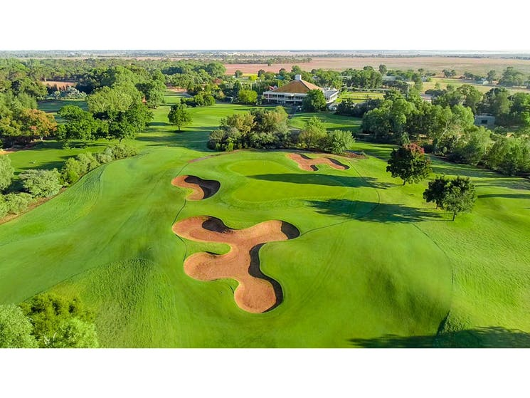Murray Downs and Golf and Country Club