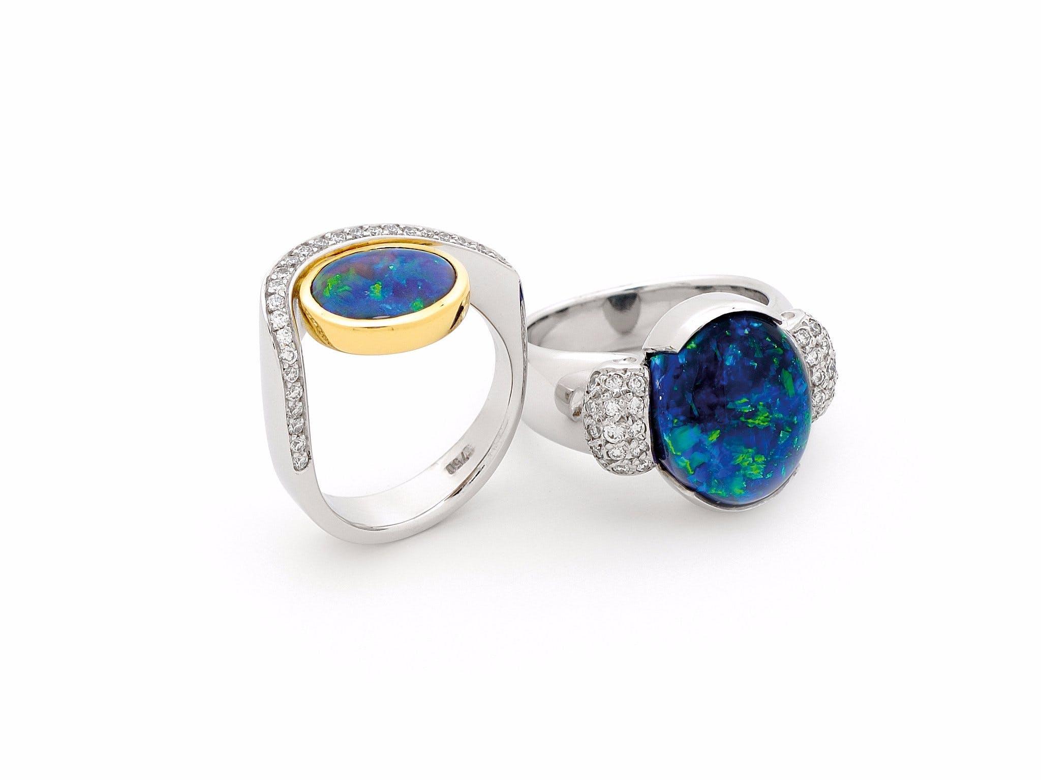 華麗蛋白石戒指