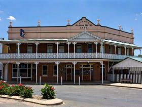 Albion Hotel Grenfell