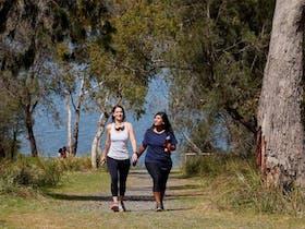 Lysterfield Park Lake Track, visityarravalley.com.au