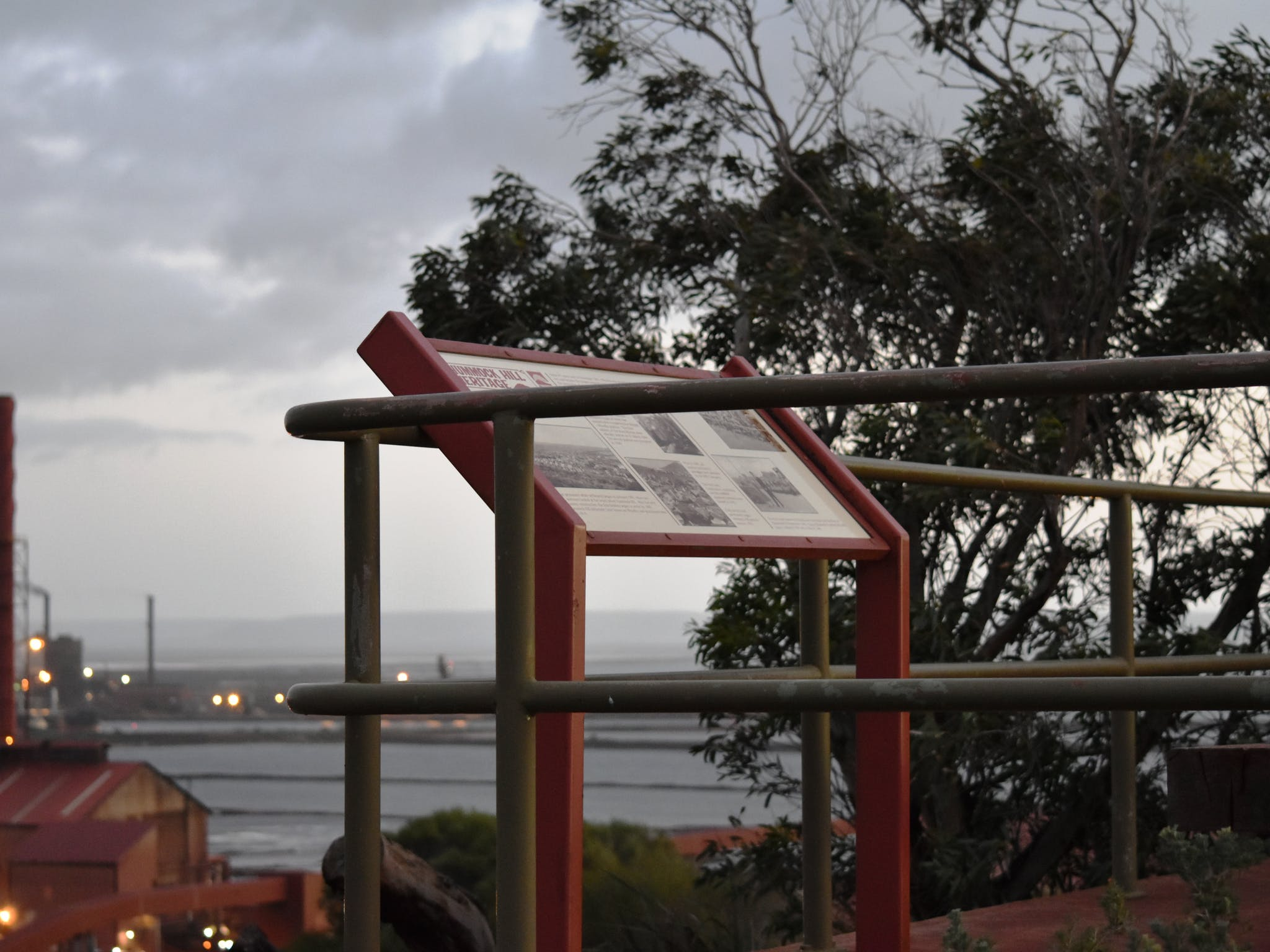 Hummock Hill Lookout