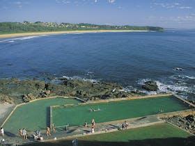 Hallidays Point image